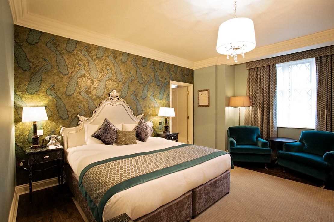The white hart hotel stay at the white hart hotel for H b bedrooms oldham